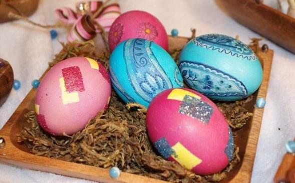 تخم مرغ رنگی سفره هفت سین عید