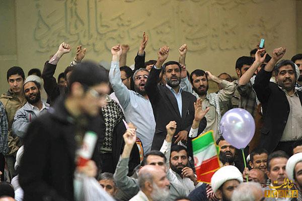 انتقاد از رسیدگی کند به پرونده حادثه 22 بهمن سال گذشته قم