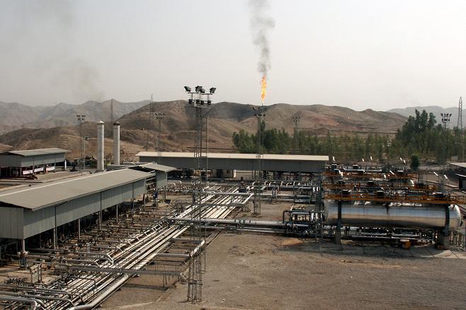 بررسی مخازن نفت گچساران
