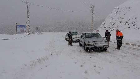 برف راه 35 روستای پاوه را بست