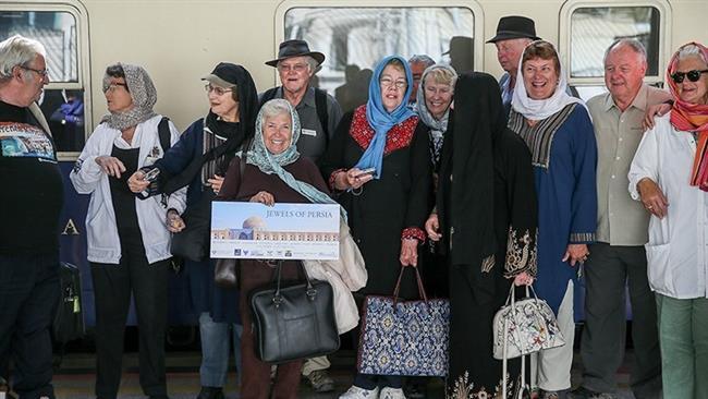 پایان تحریم ها؛ اشتیاق گردشگران آمریکایى برای سفر به مقصد ایران