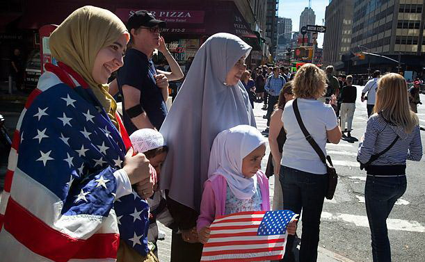 پوشش اسلامی بعضیها در موقعیتی دیگر بدتراز غربیها میشود
