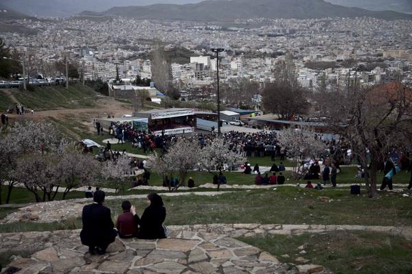 سنگ تمام معاونت فرهنگی شهرداری سنندج در برگزاری جشن نوروز دیار