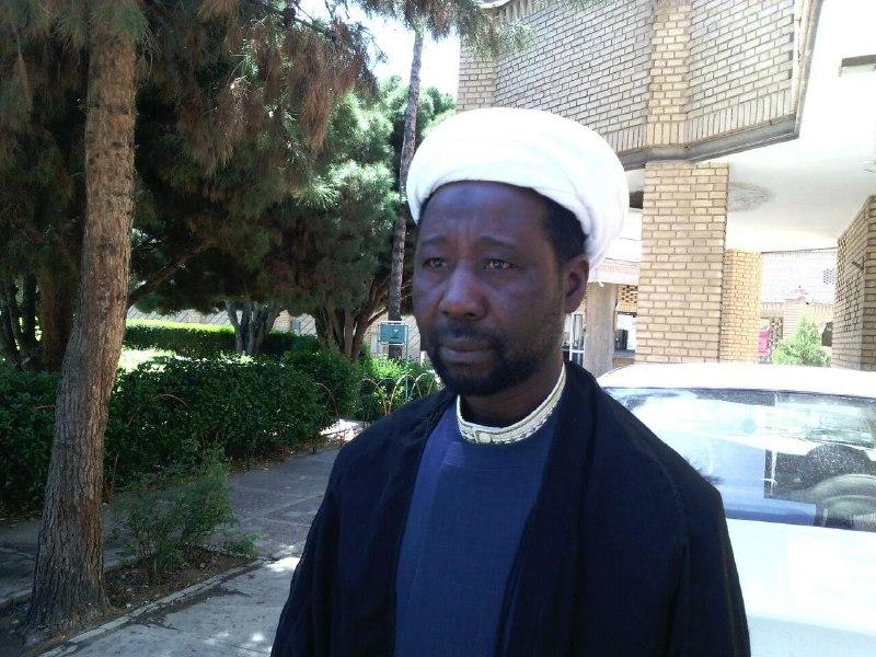 ماجرای عکس امام روی پیراهن یک مسیحی / کربلا را در نیجریه دیدیم!