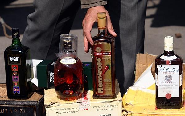 توزیع گسترده الکل در داخل کشور با تبانی گمرک و در پوشش صادرات