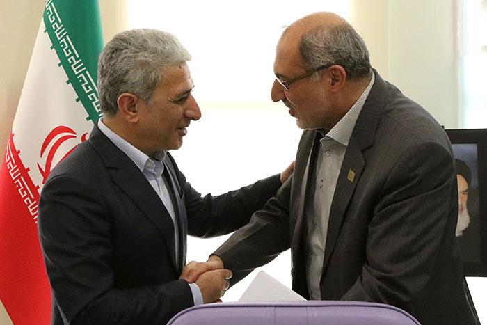 بانک ملی ایران از شرکت های دانش بنیان حمایت می کند