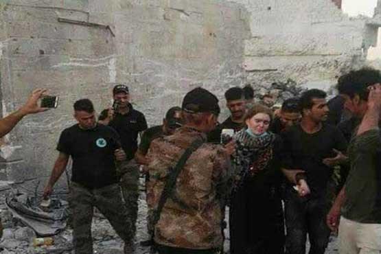 تک تیرانداز زن داعش دستگیر شد +عکس