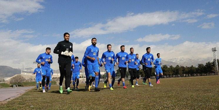 اعضای تیم استقلال تماشاگر بازی تیم ملی در ترکیه
