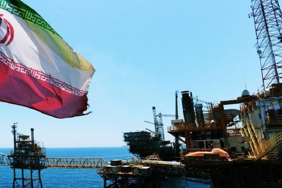 شینهوا: تحریم نفت ایران دنیا را شوکه میکند