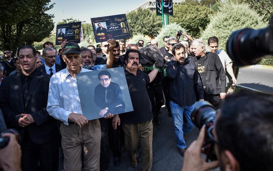 مراسم تشییع پیکر زنده یاد حسین عرفانی + تصاویر