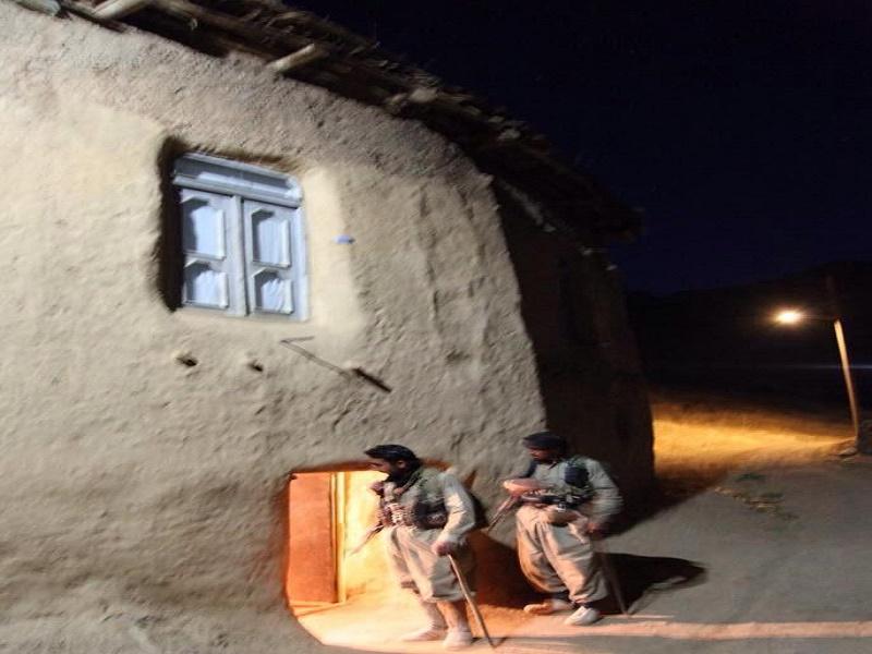 اخاذی تروریستهای حزب منحله دمکرات از روستائیان کردستان
