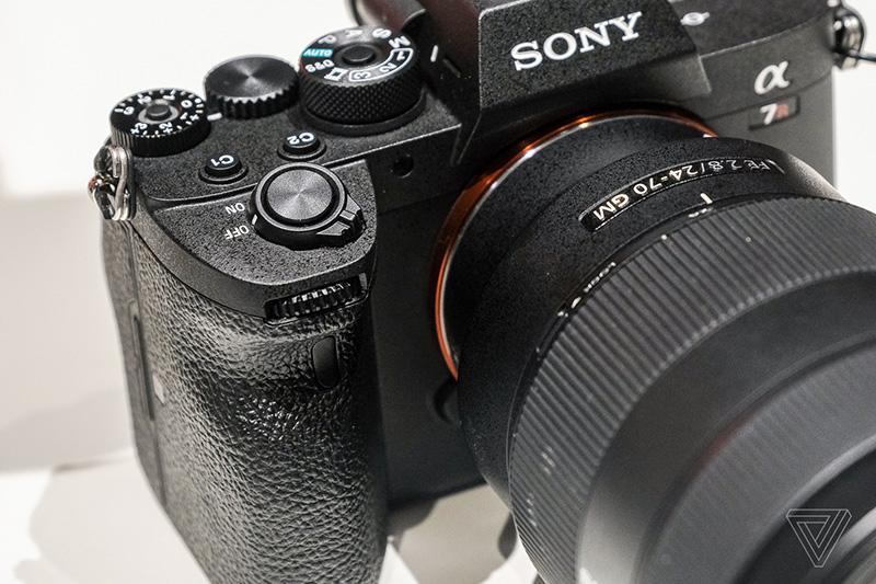 دوربین بدون آینه سونی A7R IV با سنسور 61 مگاپیکسلی معرفی شد
