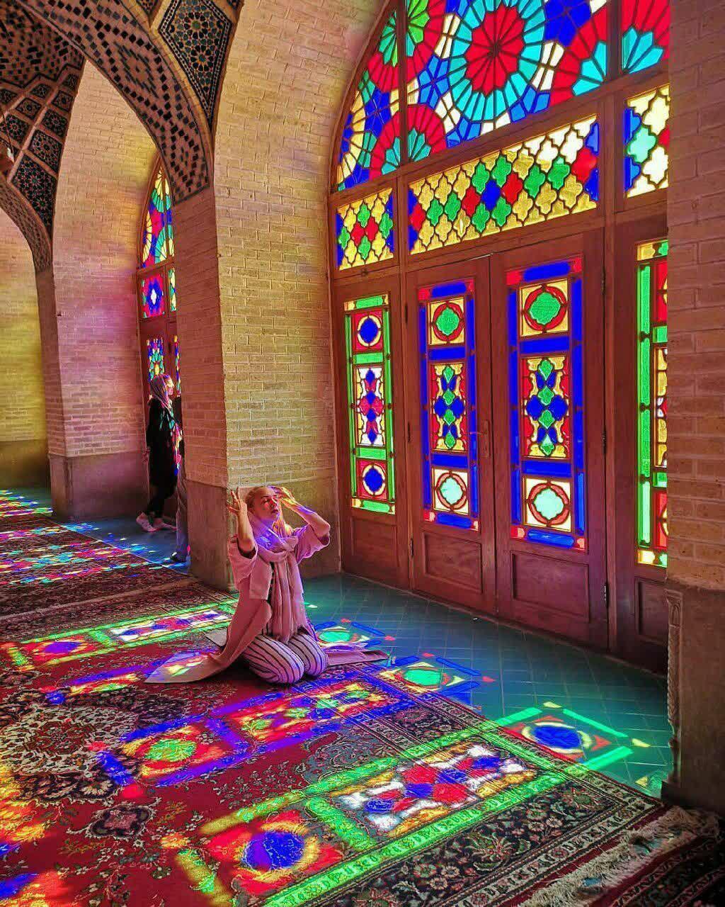 نوشته توریست ایتالیایی در وصف مسجد نصیرالملک