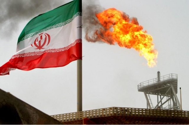 قیمت نفت سنگین ایران 2.5 دلار بالا رفت