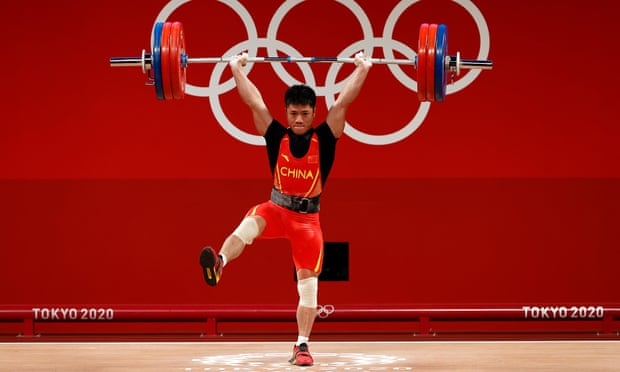 توصیه قهرمان المپیک؛ در خانه این کار را نکنید! (عکس)