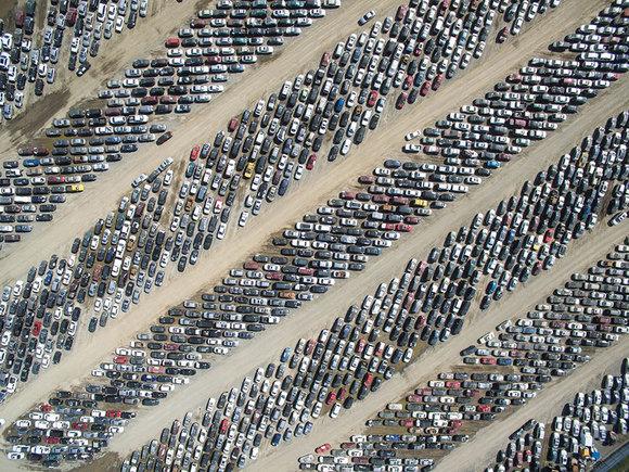 13. اتومبیلتان را کجا پارک می کنید؟ | برنده لوح تقدیر